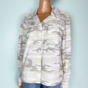 new Sanctuary neutral camo shirt jacket MEDIUM